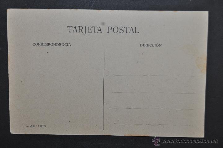 Postales: ANTIGUA POSTAL DE CASTRO URDIALES. CANTABRIA. PLAZA DE ALFONSO XII. ED. C. DIEZ. SIN CIRCULAR - Foto 2 - 43726174