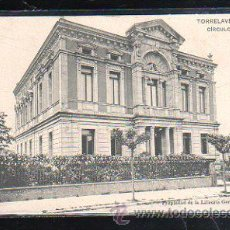 Postales: TARJETA POSTAL DE TORRELAVEGA, CANTABRIA - CIRCULO DE RECREO. LIBRERIA GENERAL.. Lote 45030306