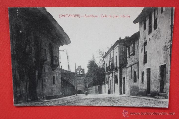 ANTIGUA POSTAL DE SANTILLANA. CANTABRIA. CALLE DE JUAN INFANTE. FOTPIA. CASTAÑEIRA. SIN CIRCULAR (Postales - España - Cantabria Antigua (hasta 1.939))