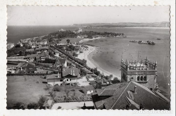 SANTANDER. PLAYA Y PALACIO DE LA MAGDALENA. FRANQUEADA EN 1962. (Postales - España - Cantabria Moderna (desde 1.940))