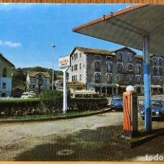 Postales: SOLARES (SANTANDER - CANTABRIA) - CRUCE (GASOLINERA) - AÑOS 60. Lote 90871430
