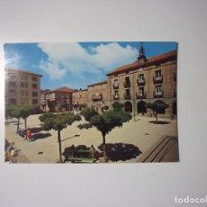 Postales: POSTAL DE REINOSA. CANTABRIA. PLAZA DE ESPAÑA. TDKP2. Lote 97680715