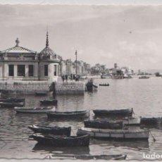 Postales: SANTANDER (CANTABRIA) - DESEMBARCADERO AL FONDO CLUB MARITIMO. Lote 98819611