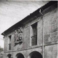Postales: == E1133 - POSTAL - SANTILLANA - SANTANDER - CASA DE LOS VILLA. Lote 101501083