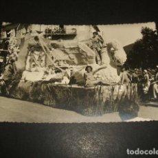 Postales: LAREDO CANTABRIA BATALLA DE FLORES FOTOGRAFIA TAMAÑO POSTAL. Lote 139281286