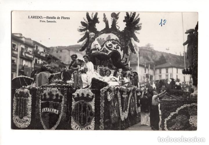 LAREDO.(CANTABRIA).- BATALLA DE FLORES - FOTO LEONCIO. POSTAL FOTOGRAFICA (Postales - España - Cantabria Antigua (hasta 1.939))
