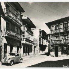 Postales: SANTILLANA DEL MAR PLAZA SANTO DOMINGO DOMINGUEZ Nº10 FIAT TOPOLINO. Lote 147331118