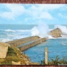 Postales: SAN VICENTE DE LA BARQUERA - ROMPEOLAS. Lote 151700038
