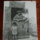 Postales: POSTAL FOTOGRAFICA DE ONTANEDA, CANTABRIA, AÑO 1921, POSTAL ROTA POR LA MITAD QUE HA SIDO PEGADA QUE. Lote 161098814