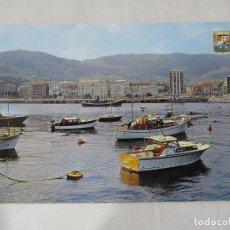 Postales: CASTRO URDIALES - PUERTO - S/C. Lote 190853097