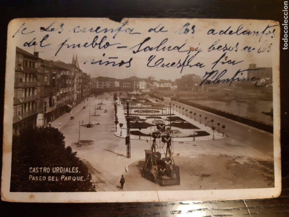 POSTAL CASTRO URDIALES PASEO DEL PARQUE AÑOS 20 (Postales - España - Cantabria Antigua (hasta 1.939))