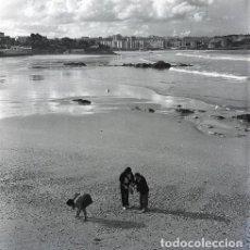 Postales: NEGATIVO ESPAÑA CANTABRIA SANTANDER PLAYA 1970 55MM GRAN FORMATO NEGATIVE SANTANDER PHOTO FOTO. Lote 200114753