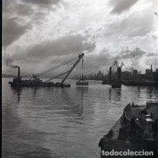 Postales: NEGATIVO ESPAÑA CANTABRIA SANTANDER PUERTO 1970 55MM GRAN FORMATO NEGATIVE SANTANDER FOTO BARCO. Lote 200193311