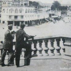Postales: SANTANDER-PLAYA DEL SARDINERO-FOTPIA.CASTAÑEIRA-SALUD Y BESOY-POSTAL ANTIGUA-(69.344). Lote 202568441