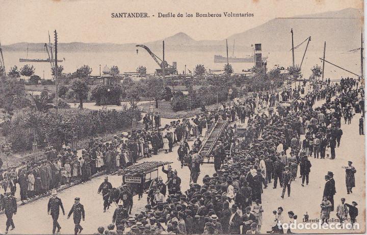 SANTANDER (CANTABRIA) - DESFILE DE LOS BOMBEROS VOLUNTARIOS (Postales - España - Cantabria Antigua (hasta 1.939))