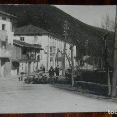 Postales: FOTO POSTAL DE PUENTE VIESGO, CANTABRIA, NO CIRCULADA.. Lote 245149555