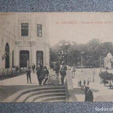 Postales: SANTANDER CANTABRIA TERRAZA DE ENTRADA AL GRAN CASINO - POSTAL ANTIGUA EDICIÓN J. PALACIOS. Lote 267550439