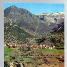 Postales: POSTAL PICOS EUROPA LEBEÑA IGLESIA Y PUEBLO FOTO BUSTAMANTE AÑOS 60 SIN CIRCULAR. Lote 288683963