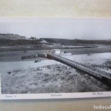 Postales: POSTAL DE SUANCES (CANTABRIA ) EMBARCADERO FOTO ARRIBAS AÑOS 40-50. Lote 291906348