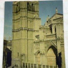 Postales: POSTAL TOLEDO CATEDRAL FACHADA COLOR AÑOS 50. Lote 12065766