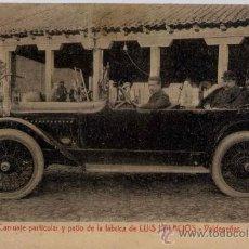 Postales: VALDEPEÑAS(CIUDAD REAL).-CARRUAJE PARTICULAR Y PATIO DE LA FÁBRICA DE LUIS PALACIOS. Lote 18131751