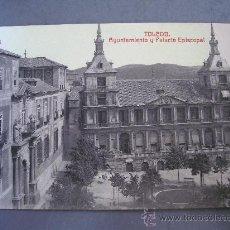 Postales: POSTAL DE TOLEDO, AYUNTAMIENTO Y PALACIO EPISCOPAL ( SIN CIRCULAR, FOTOTIPIA CASTAÑEIRA Y ALVAREZ). Lote 21353519
