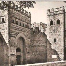 Postales: TOLEDO, PUERTA DE ALFONSO VI - DOMINGUEZ FOTO J CEBOLLERO - CIRCULADA. Lote 45224502