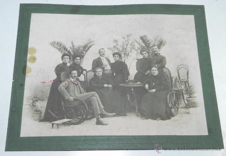 Postales: FOTOGRAFIA DE CAMPO DE CRIPTANA (CIUDAD REAL) 1908, POSIBLEMENTE EL ALCALDE CRIPTANA JUNTO A SU FAMI - Foto 2 - 49571516