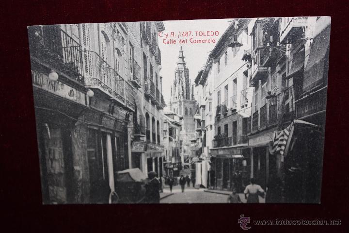 ANTIGUA POSTAL DE TOLEDO. CALLE DEL COMERCIO. FOTPIA. CASTAÑEIRA Y ALVAREZ. SIN CIRCULAR (Postales - España - Castilla La Mancha Antigua (hasta 1939))