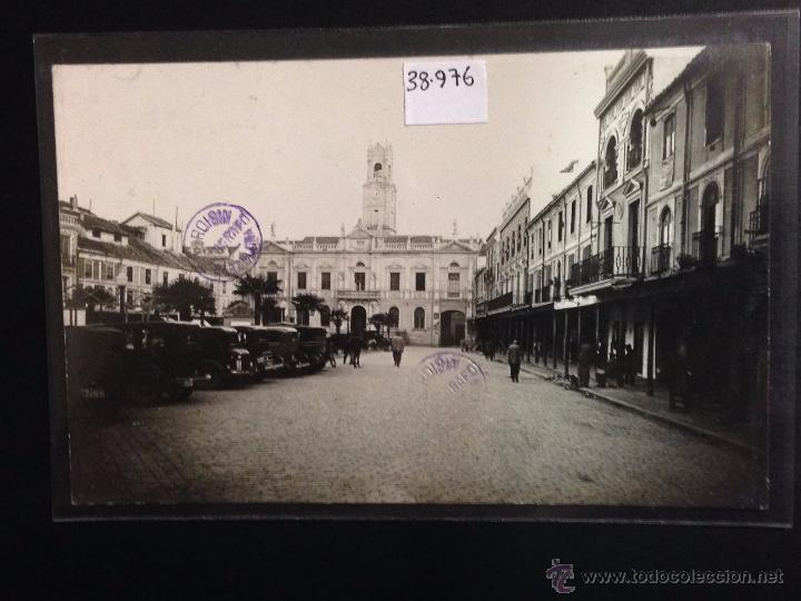 CIUDAD REAL - AYUNTAMIENTO - FOTOGRAFICA SELLO EN SECO ROISIN - VER REVERSO - (38976) (Postales - España - Castilla La Mancha Antigua (hasta 1939))