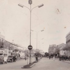 Postales: P-4650. POSTAL ALCAZAR DE SAN JUAN. AVENIDA DE ALVAREZ GUERRA. AÑO 1961. CIRCULADA.. Lote 55029099