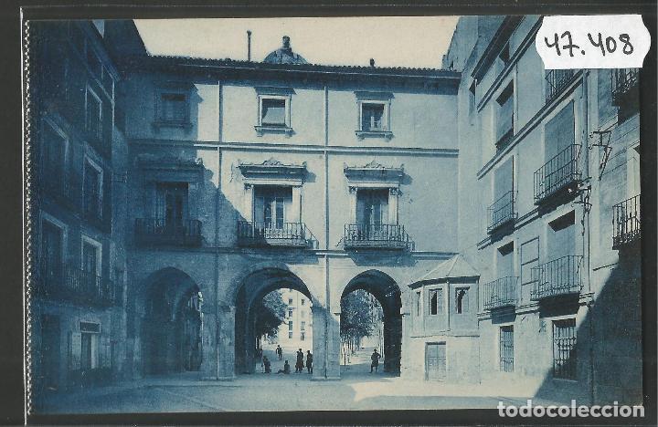 CUENCA - 4- PLAZA CONSTITUCION - ROISIN -VER REVERSO-(47.408) (Postales - España - Castilla La Mancha Antigua (hasta 1939))