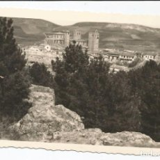 Postales: SIGUENZA - VISTA PARCIAL DESDE LOS PINARES - Nº 65 ED. NIETA DE C. RODRIGO. Lote 83115820