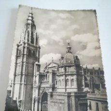 Postales: TOLEDO . CATEDRAL, AÑOS 50. FILATELICA.. Lote 116833535
