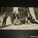 Postales: TORTOLA DE HENARES GUADALAJARA GRUPO ANTE LA IGLESIA POSTAL FOTOGRAFICA 1927. Lote 139343434