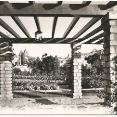 Postales: TOLEDO - JARDINES DE LA ALAMEDA - Nº 1011 ED. ARRIBAS. Lote 143808170