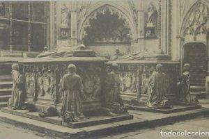Toledo Catedral Sepulcro de Don Álvaro y su esposa