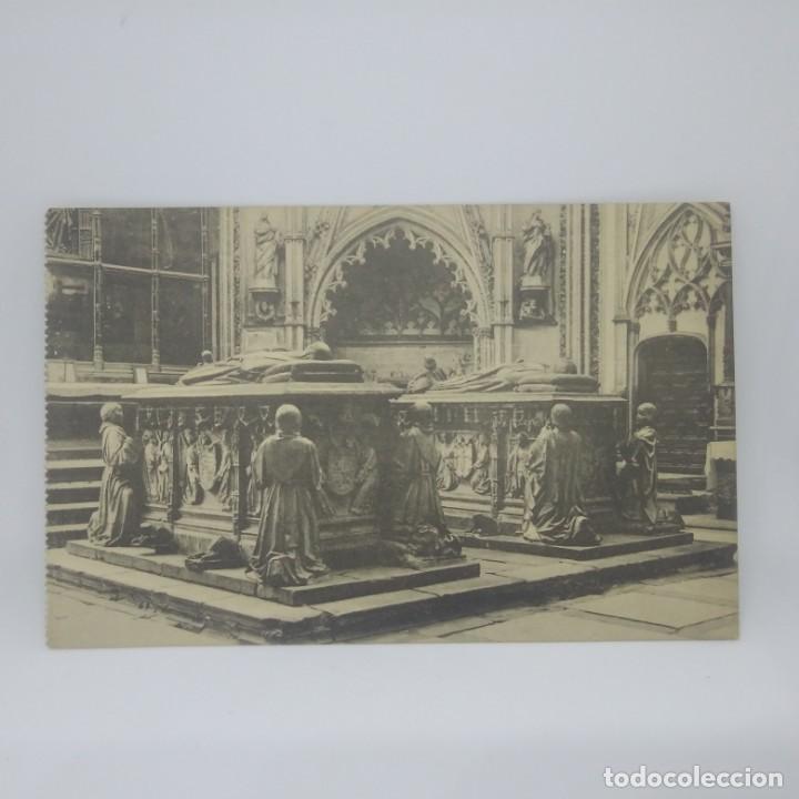 Toledo Catedral Sepulcro de Don Álvaro y su esposa - 147446482