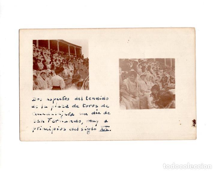 GUADALAJARA.- DOS ASPECTOS DEL TENDIDO DE LA PLAZA DE TOROS UN DÍA DE SAN FERNANDO (Postales - España - Castilla La Mancha Antigua (hasta 1939))