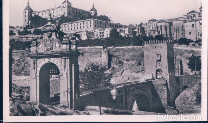 POSTAL TOLEDO - PUENTE DE ALCANTARA Y ALCAZAR ANTES DEL ASEDIO - H A E - 5 (Postales - España - Castilla La Mancha Antigua (hasta 1939))