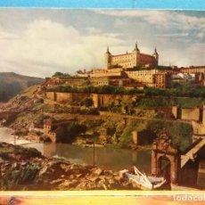 Postales: TOLEDO. PUENTE DE ALCANTARA Y ALCAZAR. USADA. Lote 184975251