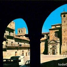 Postales: EM1261 SIGUENZA CATEDRAL TORRE DEL SANTISIMO 1971 VISTABELLA Nº11 COCHES. Lote 277555718