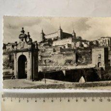 Postales: POSTAL. TOLEDO. EL ALCAZAR, DESDE EL PUENTE DE ALCÁNTARA, ANTES DEL ASEDIO. GARCIA GARRABELLA Y CÍA. Lote 287857558