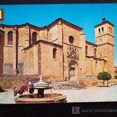 Postales: BERLANGA DE DUERO (SORIA) - LA COLEGIATA Y FUENTE DEL CAÑO - CIRCULADA AÑO 1973. Lote 16870611