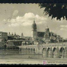 Postales: TARJETA POSTAL DE SALAMANCA, LA CATEDRAL Y PUENTE ROMANO. Lote 6502242