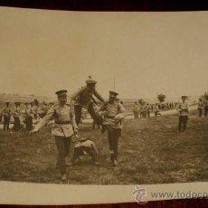 Postales: ANTIGUA FOTO POSTAL DE MILITARES DE LA ACADEMIA DE ARTILLERIA EN SEGOVIA, 1908 - J. DUQUE, FOTOGRAFO. Lote 19160878