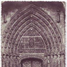 Ávila: Catedral Puerta de los Doce Apóstoles. Heliotipia Artística Española. No circulada (Años 50)