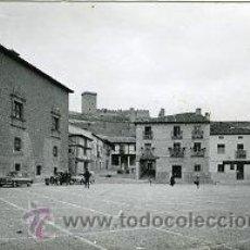 Postales: PEÑARANDA DE DUERO.- PLAZA MAYOR, PALACIO, ROLLO, FUENTE Y AYUNTº.- ED. SICILIA Nº 12. FOTOGRÁFICA. . Lote 28202535