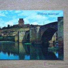 Postales: CIUDAD RODRIGO. PUENTE ROMANO.. Lote 28890148