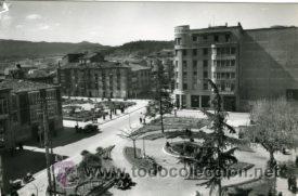 MIRANDA DE EBRO (BURGOS).- JARDINES Y PLAZA DE PRIM.- EDICIONES SICILIA Nº 11.- FOTOGRÁFICA (Postales - España - Castilla y León Moderna (desde 1940))